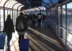 PASAJEROS. Obras de remodelación en los túneles de embarque de los atraques 1 y 2 de la terminal de pasajeros del Puerto de Algeciras