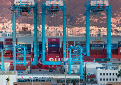 The Port of Algeciras handles more than 10 million tons in a month